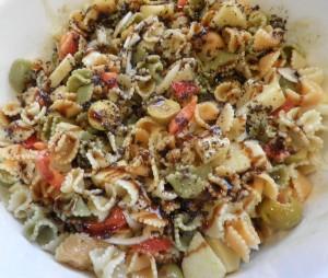 Amanida de pasta (margarites vegetals)