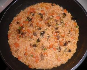 Cassoleta d'arròs amb bacallà i verdures